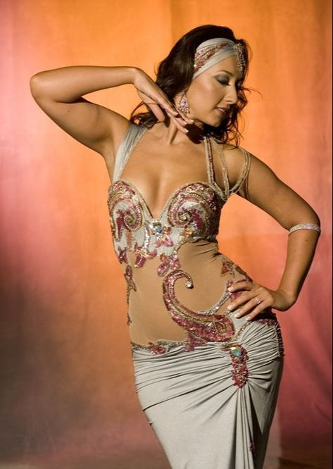 Belly dancing - the art of grace and femininity